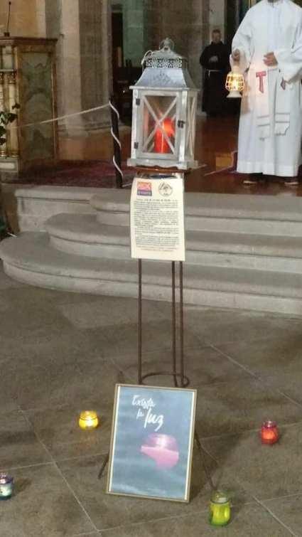 Entrega de Luz de Belén de los Scouts en Los Franciscanos